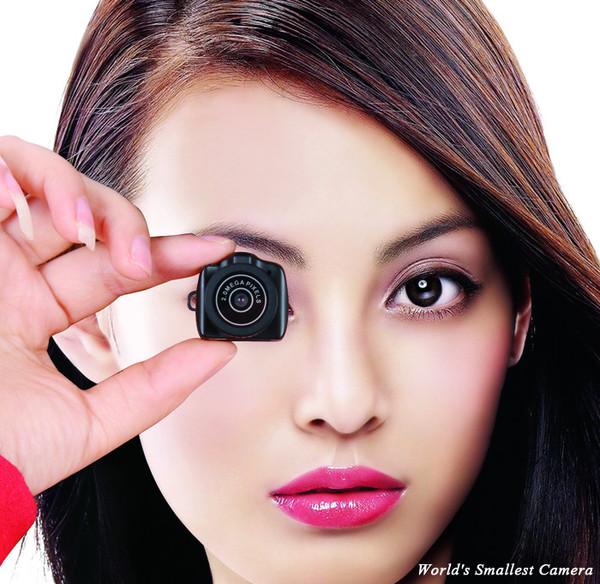 超小型の隠しカメラ